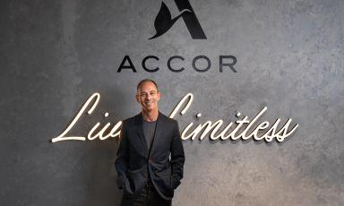 Abbiamo intervistato Mark Willis, manager di Accor, gruppo alberghiero leader a livello mondiale con oltre 5.100 strutture e 10.000 bar e ristoranti in 110 Paesi. Ci ha raccontato le prospettive di ripresa del comparto