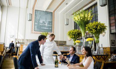 Identità di Sala: Ferrari e l'arte dell'ospitalità