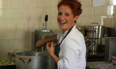 Paola Ziliani, classe 1976, dal giugno 2013 è pastry chef della Nuova Pasticceria Lady di San Secondo Parmense (via Garibaldi 37, tel. +39.0521.872388)