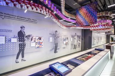 Una vista della galleria La Fabbrica nel Museo Lavazza (foto Andrea Guermani)