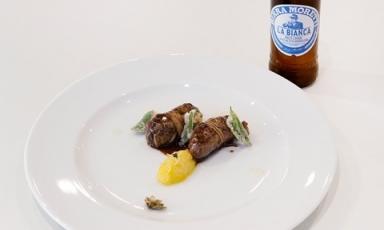 Turcinieddhi glassati alla birra con marmellata di cipolla all'arancia, critmi in tempura e infuso di luppolo (in abbinamentoBirra Moretti La Bianca). Con questo piatto la puglieseSolaika Marroccoha vinto ilPremio Birra Moretti Gran Cru 2017-2018