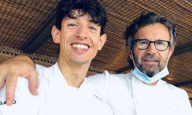 Carlo Cracco con il 25enne Mattia Pecis, resident chef di un Pitosforo appena rinato a Portofino