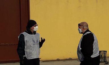 Franco Pepe e Francesco Martucci durante il lockdown quando si incontrarono per aiutare i senzatetto di Caserta