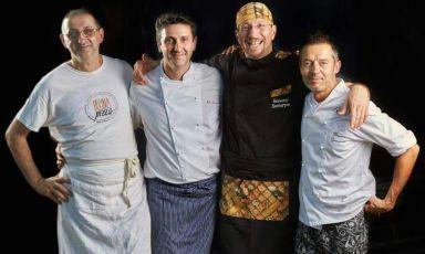 I quattro pizzaioli che tra Firenze e la Versilia hanno dato vita all'Associazione Pizza & Peace. Da sinistra verso destra Graziano Monogrammi, Paolo Pannacci, Giovanni Santarpia e Massimo Giovannini