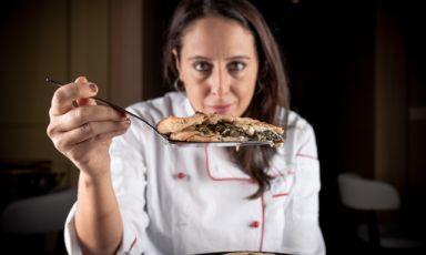 Eccovi servita la pizza di Roberta Esposito della pizzeria La Contrada: espressione autentica di una passione