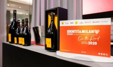 Anteprima da Identità di Champagne: Chiara Pavan, Iside De Cesare, Valentina Rizzo e le ragazze de Altatto