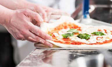 Identità, lode alla pizza democratica