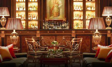 Il bancone dell'Atrium Bar delFour Seasons, Borgo Pinti99 aFirenze (fotofourseasons.com)