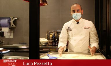 Luca Pezzetta: from playing with dough, as a child, to his delicious seafood pizzas