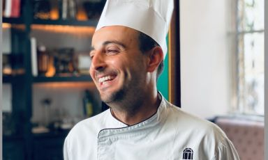 Gabriele Muro, chef del ristorante Adelaide del Vilòn Luxury Hotel di Roma.  La sua cucina con i sapori di Procida saranno a Identità Golose Milano venerdì 15 e sabato 16 ottobre: per prenotare il vostrotavolo andatesul sito ufficiale dell'Hub