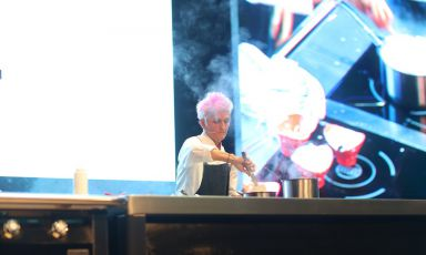 Cristina Bowerman on the stage of Gastromasa in Istanbul