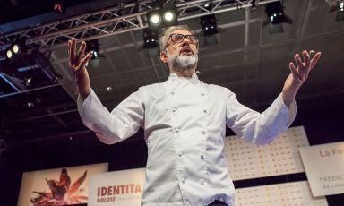 Il Rinascimento italiano, ma in cucina. E' quello postulato da Massimo Bottura durante il suo intervento a Identità Golose Milano