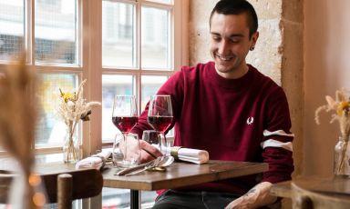 100 piatti, 100 canzoni: assaggi e ascolti nel primo libro di Lorenzo Sandano