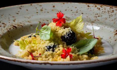 Camomile, cardamom and berries, a gluten free recipe bySimone Salvini, vegan chef (photo byEmanuele De Marco)