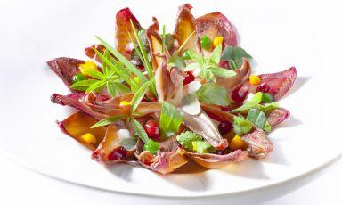 Cicoria rossa con melograno e barbabietola: il piatto della rinascita di Heinz Beck(tutte le foto sono diAdriano Truscello)