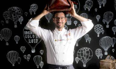 """Antonio Biafora, chef del ristorante novitàHylediSan Giovanni in Fiore (Cosenza), premiato """"Sorpresa dell'anno"""" dalla Guida di Identità Golose 2021, da oggi online"""