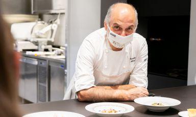 Corrado Assenza e la stanza da mangiare