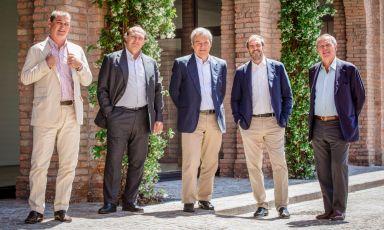 Beniamino Garofalo, il secondo da destra, insieme ai fratelli Marzotto