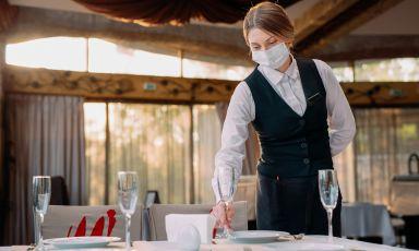 CHIUSO PER COVID, LA MAPPA: nel mondo continuano stop e limitazioni per i ristoranti. La situazione