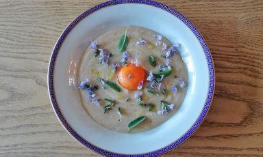 Ricette golose da fare a casa: la Zuppa pane e uovo di Andrea Ribaldone
