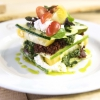 La Lasagna di zucchine con pomodori e marinara piccante, il piatto di Matthew Kenney, cuoco vegano e crudista americano
