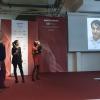 Virgilio Martinez, che ha mandato un contributo video, premiato comemiglior chef stranieroda Chiara Zucchetti (Lavazza)