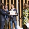 Giovane famiglia: Filippo Uliassi (premiato insieme a Mauro e Catia), Uliassi, Senigallia (An), premiato da Anna Baccarani, marketing manager Surgital SpA