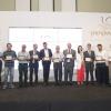 """Foto di gruppo per ivincitori deiQuality Awards 2016, una specie di """"Oscar del buono"""" greco organizzato dalla rivistaGastronomos"""