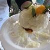 Cotenna soffiata con mentuccia, provolone, sardella alla 'nduja, limone e arancia di Mauricio Zillo (A Mere, Parigi)