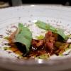 Animelle di agnello con calamaro, aglio nero eacetosella