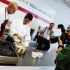 La preparazione di Zafferano e riso alla Milanese D'O