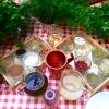 Il nome Klimataria richiama le foglie di vite che abbelliscono il locale con un bel pergolato. Sono anche utilizzate in cucina per realizzare ottime dolmadakia, involtini di foglie di vite ripieni di riso aromatizzato con aneto, menta, prezzemolo, limone, cipolla, olio d'oliva, sale e pepe