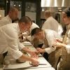 I preparativi della cena di gala: un grande lavoro di squadra