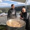 Padre e figlio della Macelleria Arturo di Campo Calabro (Reggio Calabria)preparano la caddara tradizionale a Villa Rossi. A sobbolire, le frittole, tutti i tagli del maiale