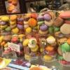 I macaron, molto popolari nella Kobe bene