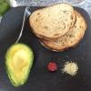 Toast e avocado all'Higher Ground per un cremoso inizio di giornata dopo una nottata in bianco per via dei 50 Best