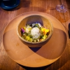 Brodo freddo di masa con lime e fiori del momento