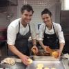 In cucina: l'australiano Beau Clugston (Noma) e la canadese Jessica Rosval (Osteria Francescana)