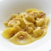 Tortelli di Grana Padano al profumo di lavanda, mandorle e noce moscata di Aurora Mazzucchelli