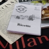 La borsa contenente le ricette degli chef, la prima edizione de La Cucina Italiana (datata 15 dicembre 1929) e l'ultima edizione in edicola: la borsa si riceve dopo aver donato almeno 5 euro in beneficenza
