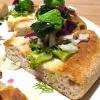 Alberto Morello,Gigi Pipa, Este (Padova)  Gennaio nell'orto - La verdura è ovviamente di nostra produzione (broccolo verde, finocchio con aneto, cipolla caramellata, spuma di spinaci e parmigiano, chips di broccolo fiolaro)