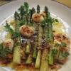 Asparagi, uova di quaglia, senape e cerfoglio