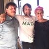 Foto ricordo con Renè Redzepi per Cesare Battisti e Cristina Bowerman. Attenti: mad in inglese vuole dire matto, ma in danese cibo.