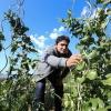 SENZA CONFINI. Mauro Colagreco, classe 1976, chef del ristorante Mirazur, 3 stelle Michelin. Nato in Argentina, origini abruzzesi, sposato a una brasiliana, ha un'insegna in Francia, a pochi metri dal confine con l'Italia (foto Valery Hache/Getty Images)