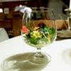 Miniature Wild 4: Insalata di 20 erbe, fiori e germogli, con gelato di sarde di lago e pane, mousse di crescione, sfere di zucchero e olio