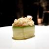 Gunkan 1: zucchina scottata e tartare di gamberi