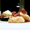 Pane di patate, burro salato, acciughe