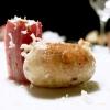 Salsiccia di branzino in budello di montone con rafano e torsolo di mela fermentato