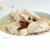 Uovo alla Rossini e tartufo bianco d'Alba. L'uovo è cotto a bassa temperatura, poi mousse di foie gras, Madeira, pan brioche e aceto balsamico