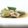 """Ravioli """"Ris e còi"""". Còi sta per """"verza"""", riprende un tipico piatto povero piemontese: le verze macerate nel latte diventano il ripieno dei ravioli annaffiati di brodo di verze e gallina"""